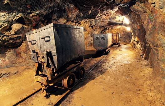 Recent Decline In Bitcoin Cost Causes a US Mining Company to Shut Down 'Indefinitely'.