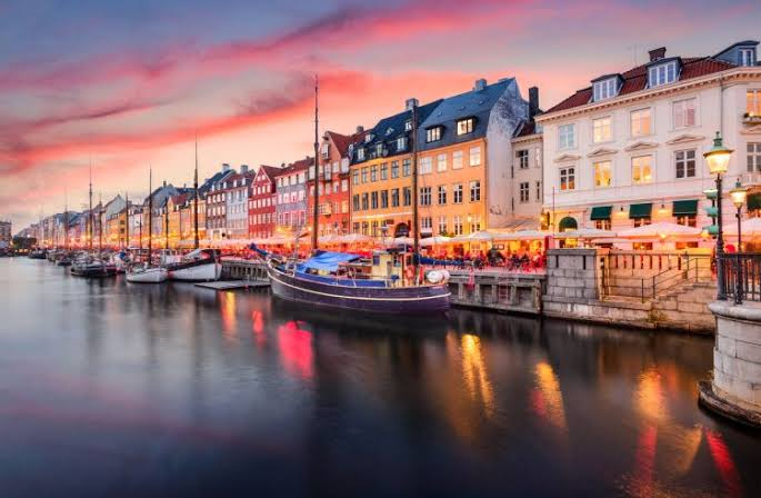 Denmark Suggests Blockchain Adoption To Combat Corruption